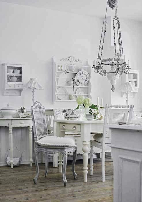Shabby Chic Interior With Incredible Attention To Details 6