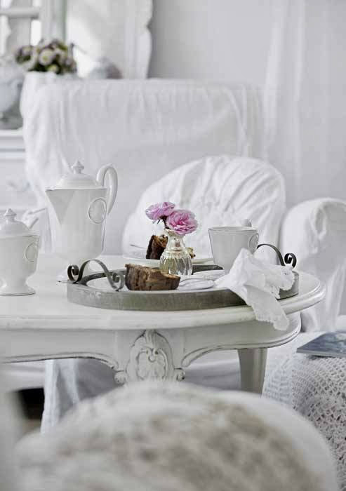 Shabby Chic Interior With Incredible Attention To Details 7