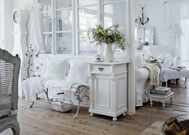 shabby chic interior with incredible attention to details. Black Bedroom Furniture Sets. Home Design Ideas