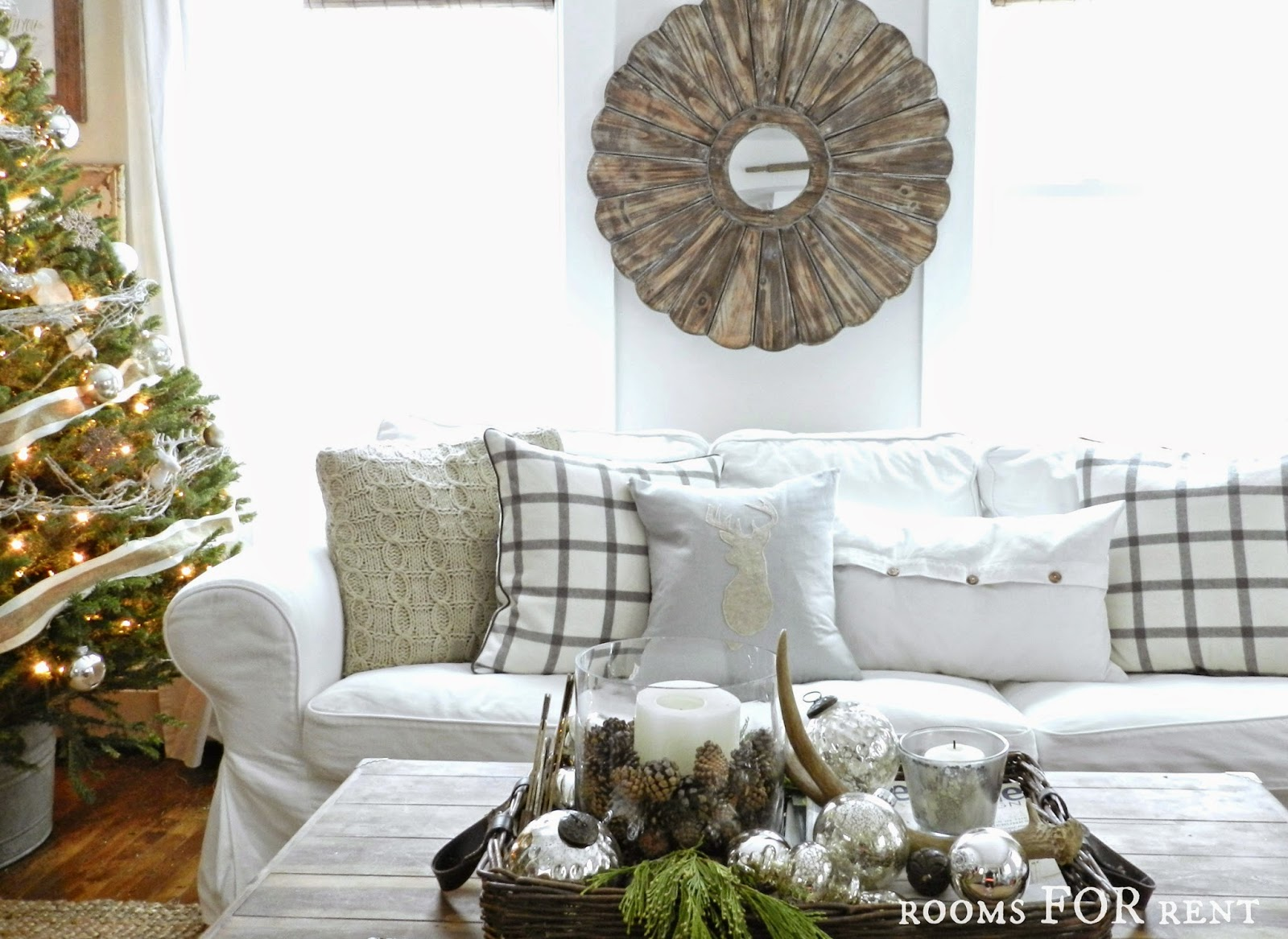 Stunning Christmas Country Home Tour 12