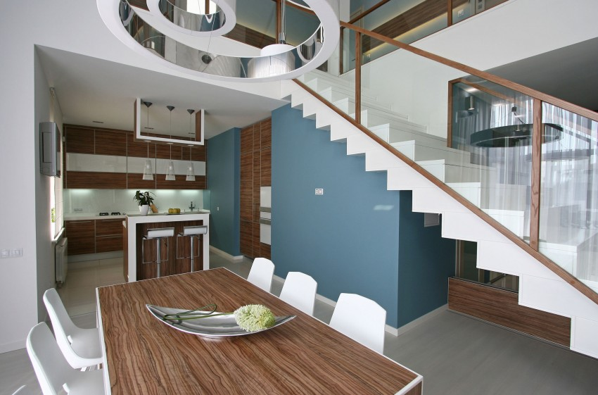 Simple Yet Sleek And Chic House interiors 2