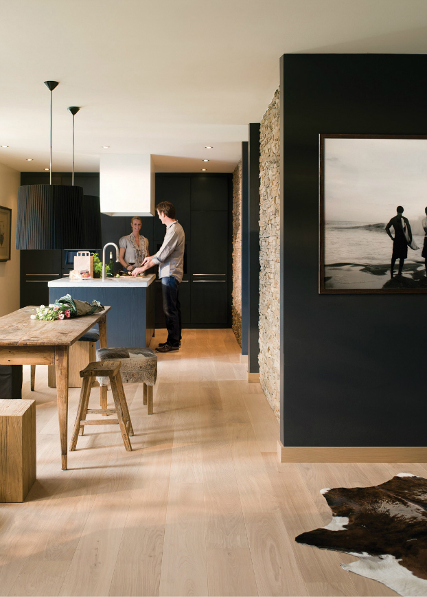 black kitchen design