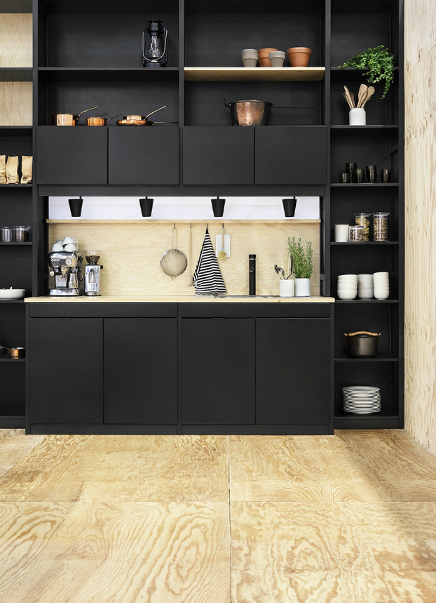 black kitchen design 12