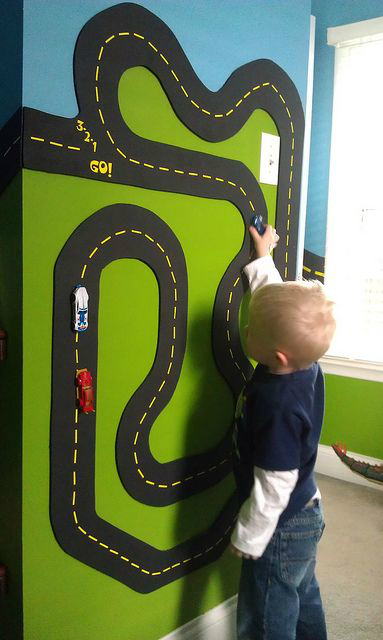 boys bedroom decrating idea magnetic paint