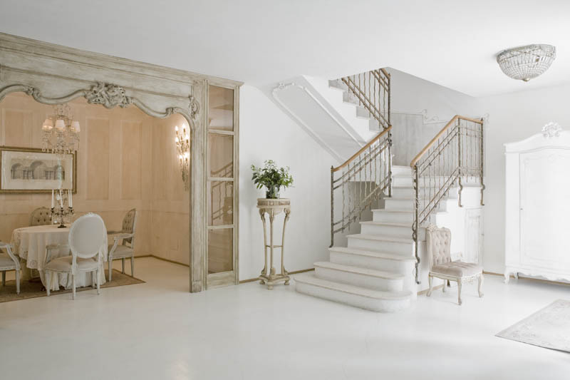 This home Combines Rococo, Louis XV, and Shabby Chic with amazing ...