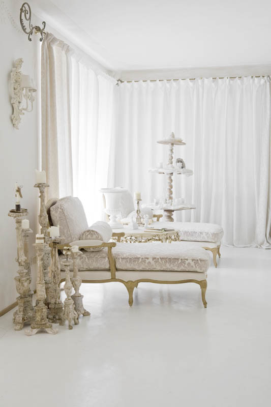 This Home Combines Rococo Louis Xv And Shabby Chic With