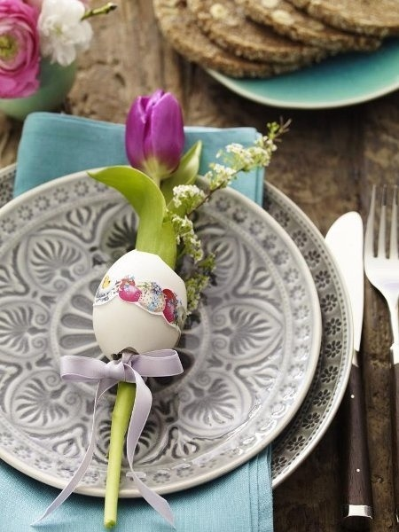 Easter Table Decorations 18