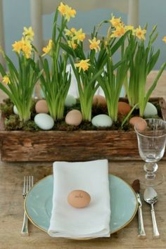 Easter Table Decorations 19