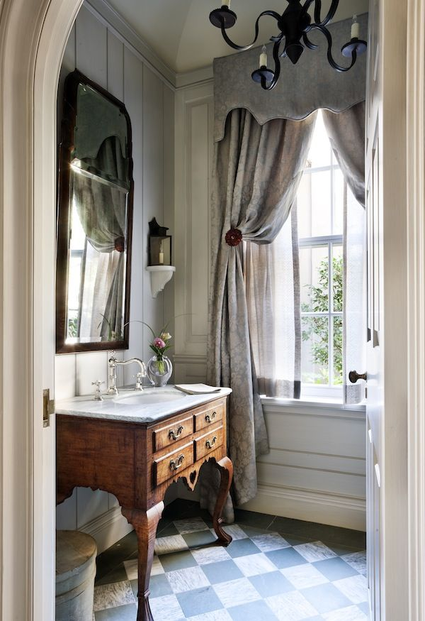 remodeling small bathroom with wainscott