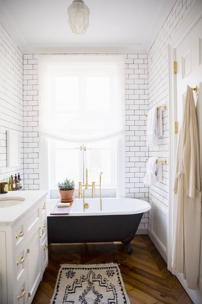 remodeling small bathroom with tiles