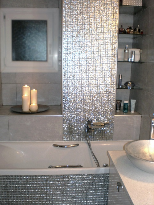 Small bathroom remodeling guide 30 pics decoholic - Small bathroom remodel with tub ...