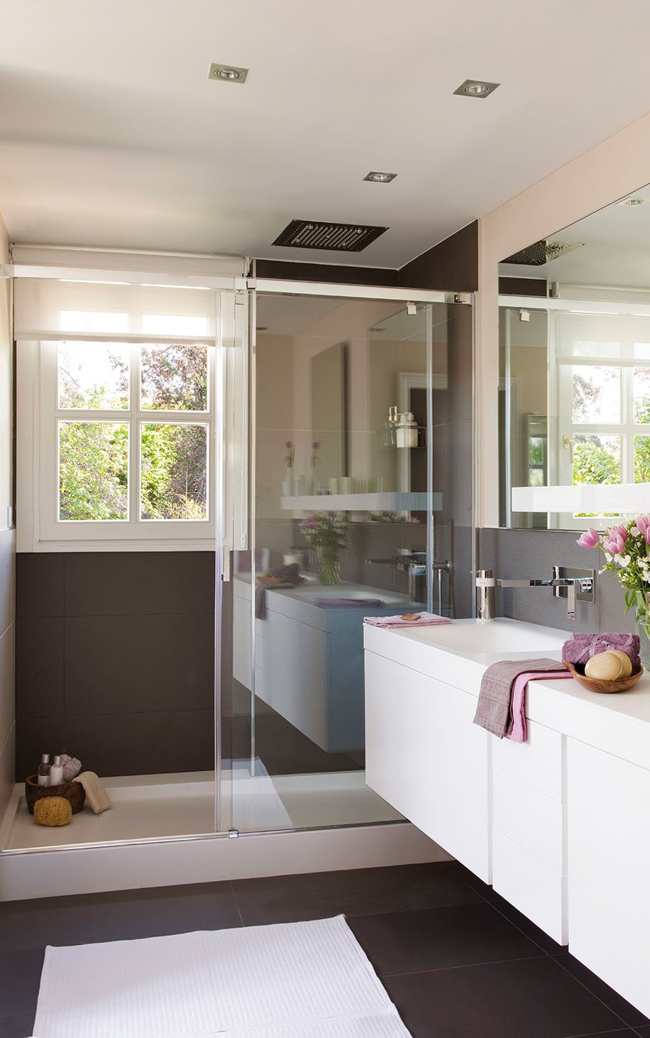 Small Bathroom Remodeling Guide (30 Pics) - Decoholic on Restroom Renovation  id=28165