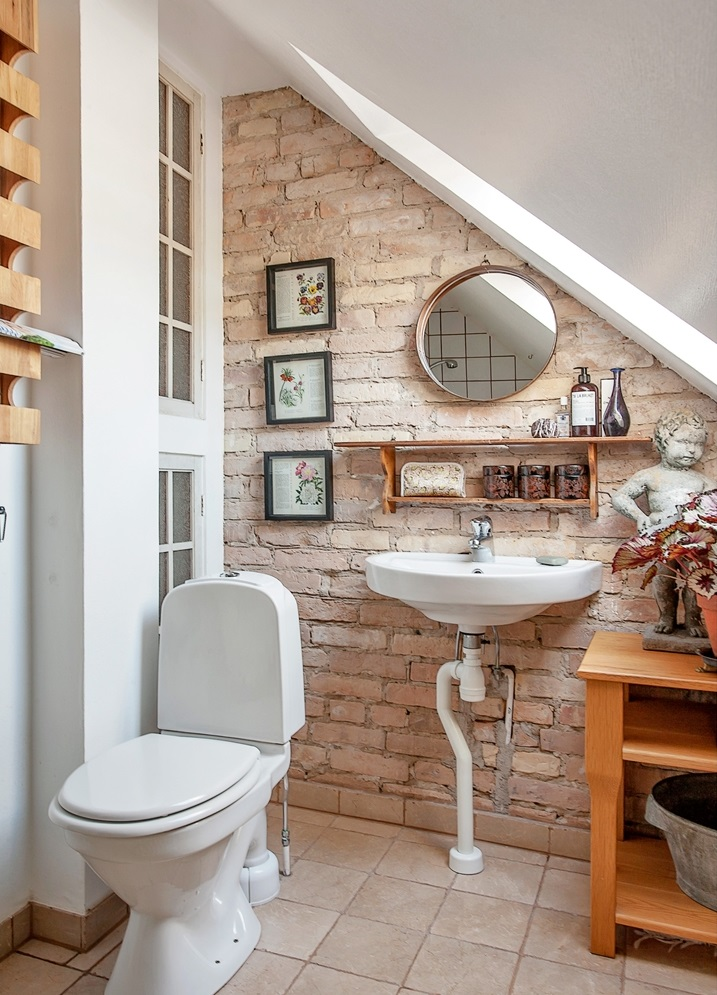 Small Bathroom Remodeling Guide Pics Decoholic - Tiny bathroom makeover
