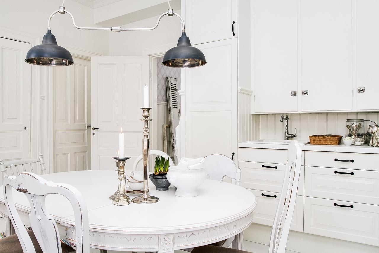 Incredibly Stylish Apartment 16