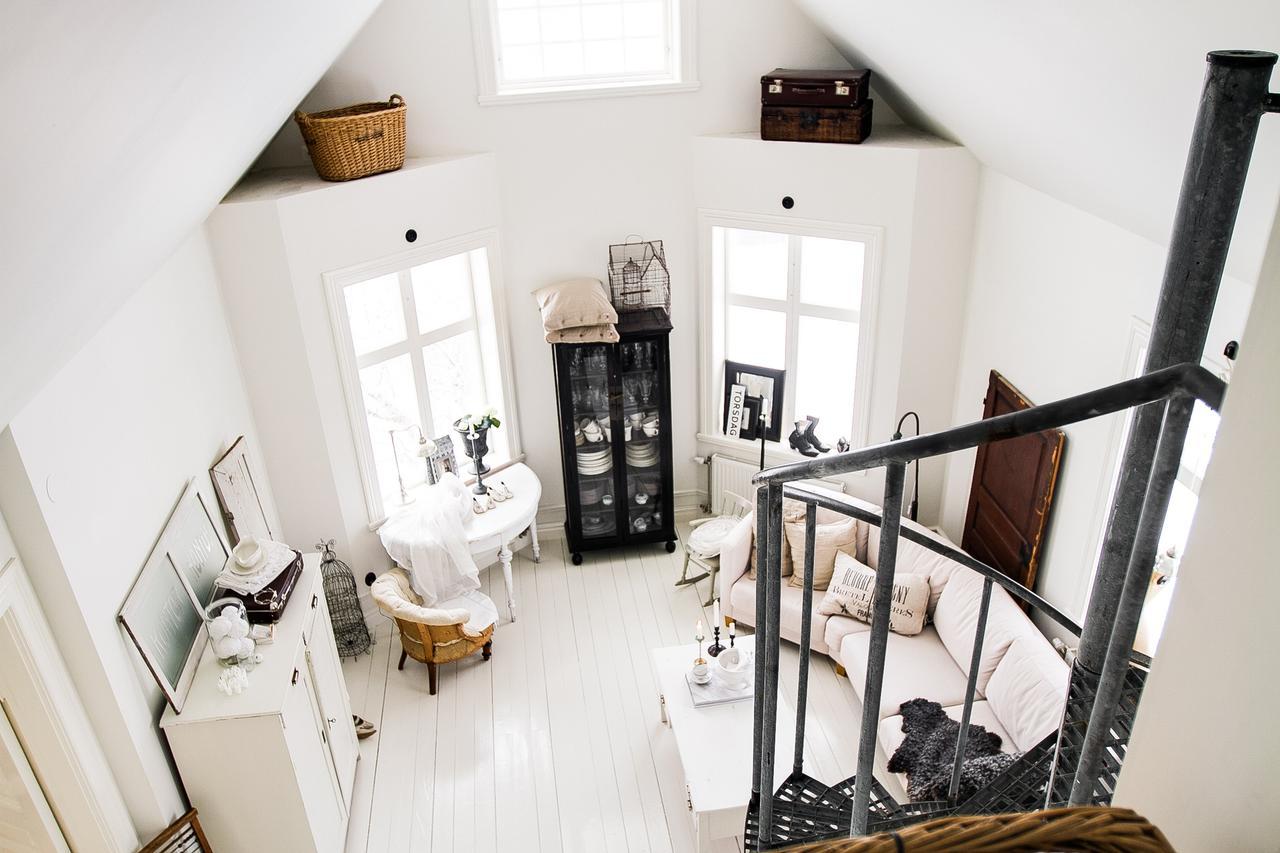 Incredibly Stylish Apartment 8