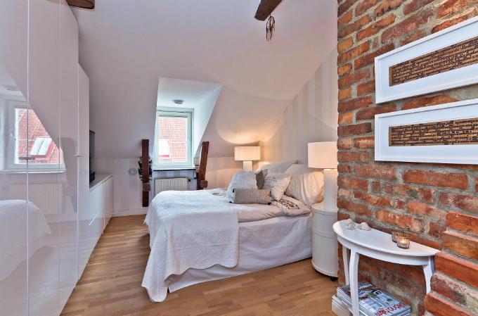 Warm and Charming Scandinavian Home 12