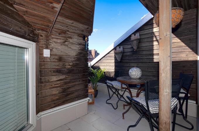 Warm and Charming Scandinavian Home 7