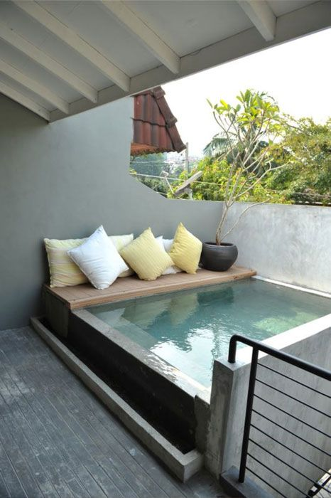 10 easy budget friendly ideas to make a dream patio - Mini pool terrasse ...