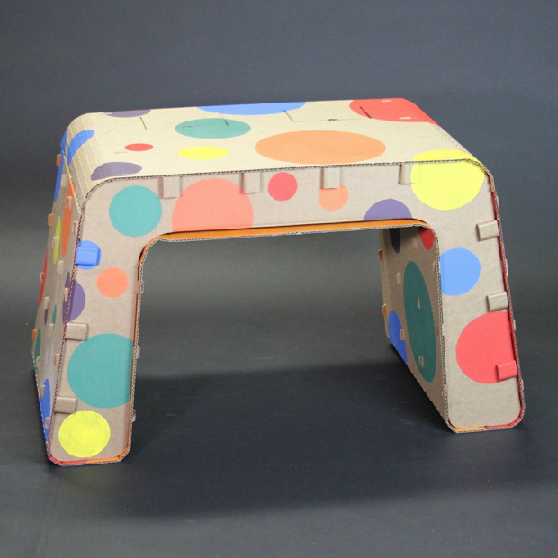 Recyclable Kids Furniture You Can Draw On‏ 4