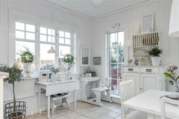 Interesting and Exciting Shabby Chic House 10