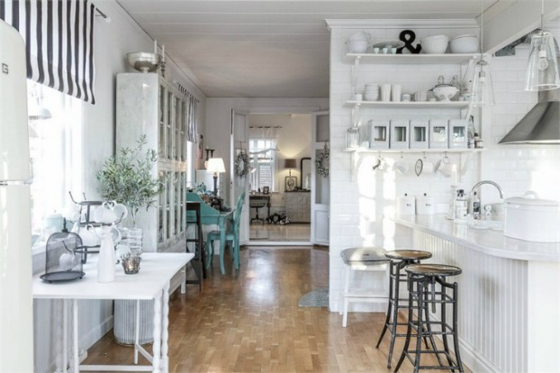 Interesting and Exciting Shabby Chic House 12