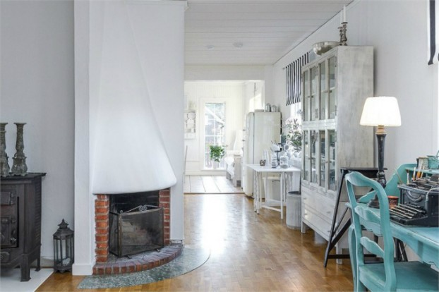 Interesting and Exciting Shabby Chic House 14