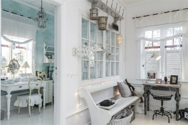 Interesting and Exciting Shabby Chic House 18