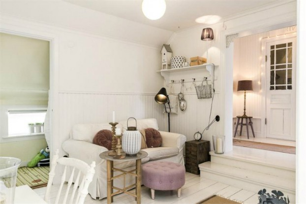 Interesting and Exciting Shabby Chic House 24