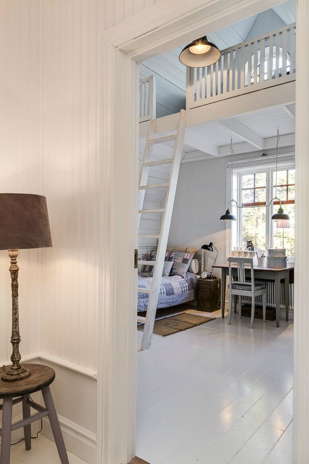 Interesting and Exciting Shabby Chic House 26