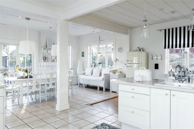 Interesting and Exciting Shabby Chic House 4