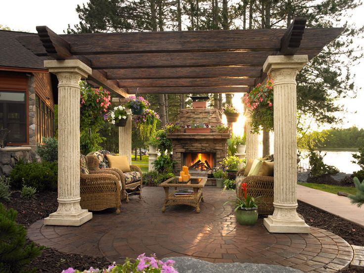 44 dream pergola plans decoholic for Outdoor living space designs