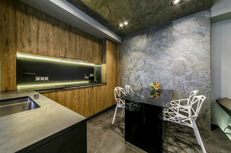 Modern Dramatic Studio Apartment 7