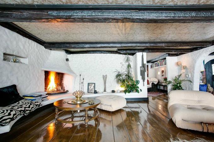 Rustic Scandinavian House 2