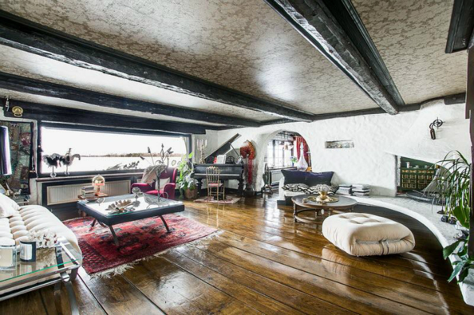 Rustic Scandinavian House 7