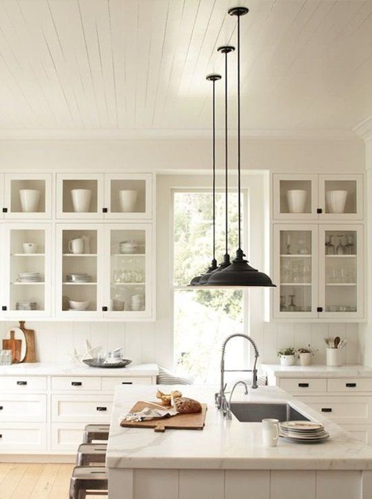 stylish yet timeless kitchen designs decoholic. Black Bedroom Furniture Sets. Home Design Ideas
