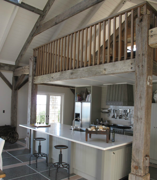 Interior design by sumin chaplin decoholic for Modern barn home interiors