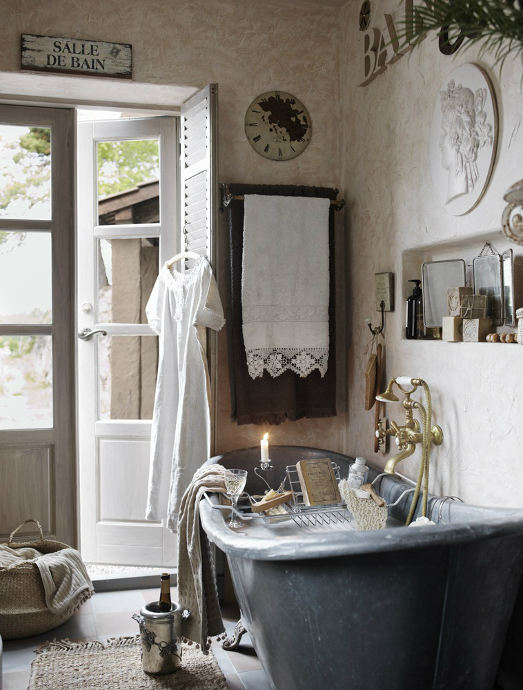 Classic Provence Style House in Modern Sweden 14