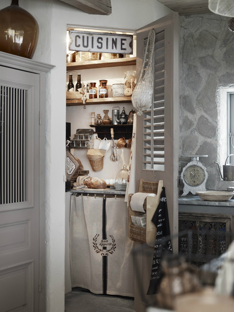Classic Provence Style House in Modern Sweden 8