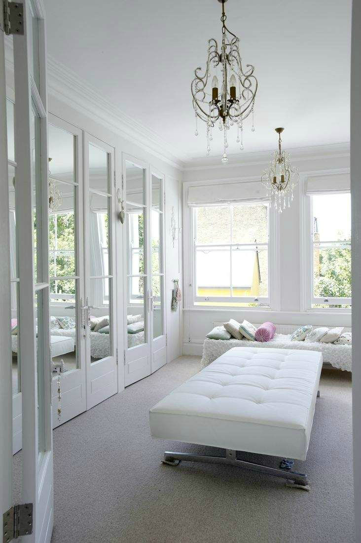 31 Best Fitted Wardrobes 14