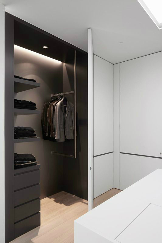 31 best fitted wardrobes decoholic - Mens walk in closet ...