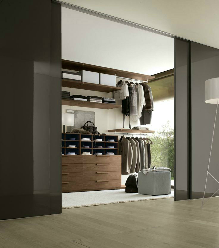an open built in wardrobe