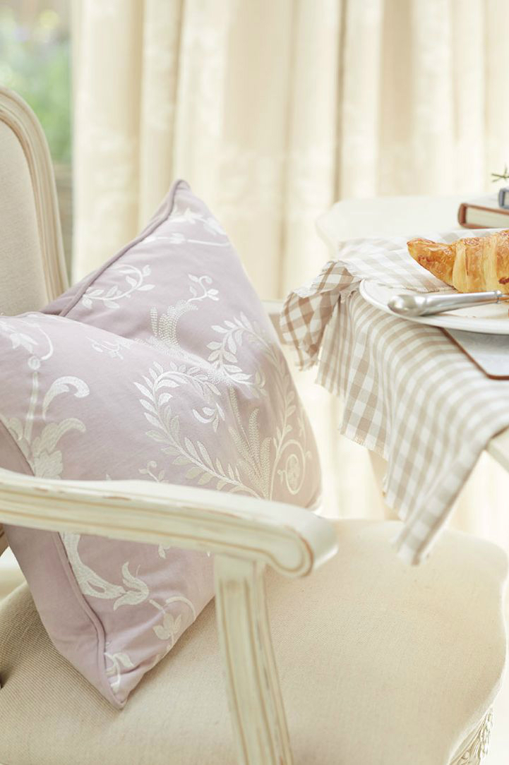 Laura Ashley New Spring Summer 2015 Collection 10