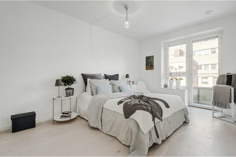 Pure White Scandinavian Interior 10