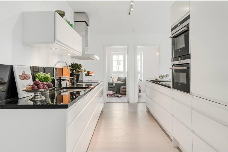 Pure White Scandinavian Interior 4