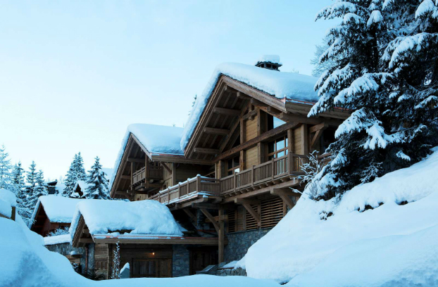 Magnificent Chalet Faithful to the Traditional Savoyard Style 18