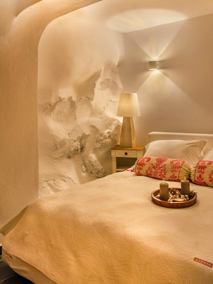 Aqua Luxury Suites In Santorini 13
