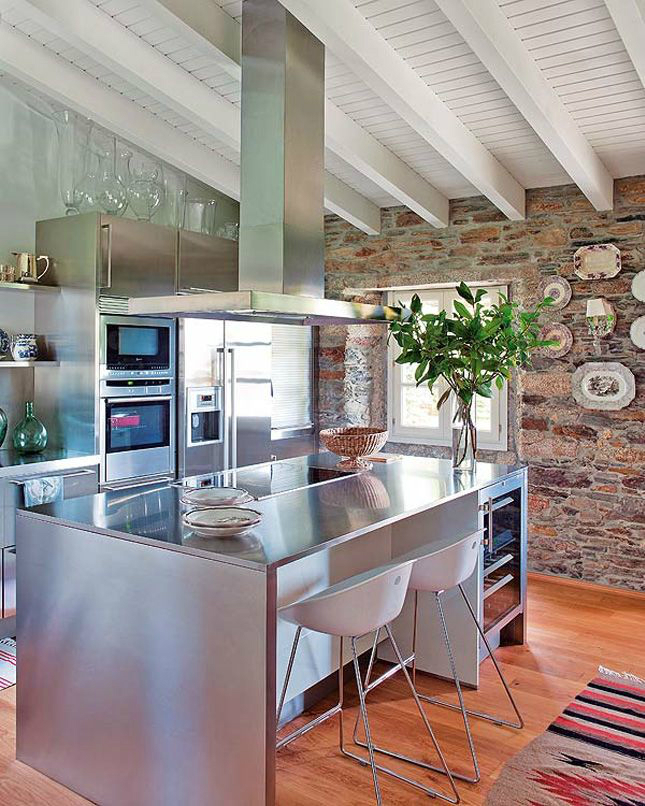 Kitchen Design Ideas with Stone Walls 7