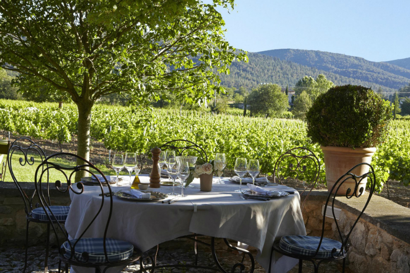 An Elegant 18th Century Residence Nestled Amongst The Provencal Vines5
