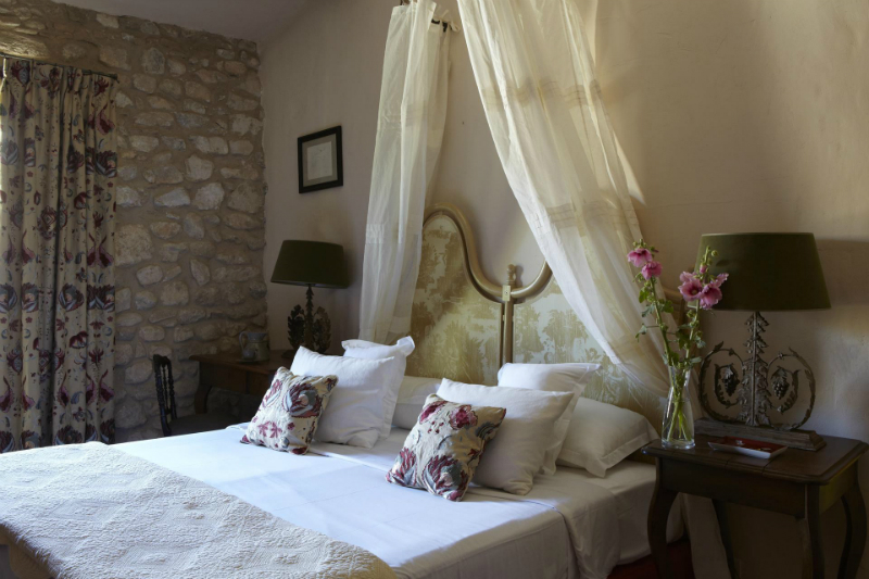 An Elegant 18th Century Residence Nestled Amongst The Provencal Vines6