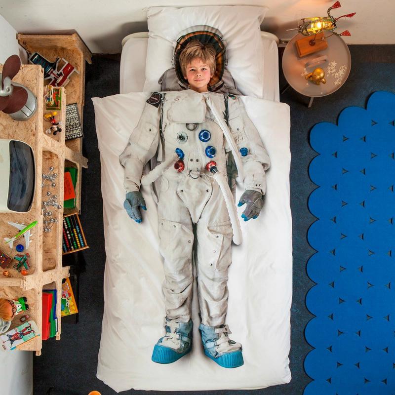 Snurk-Astronaut-Duvet-Cover